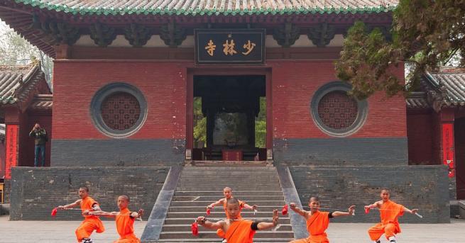 Монасите от Шаолин отменят всичките си спектакли в Европа, включително