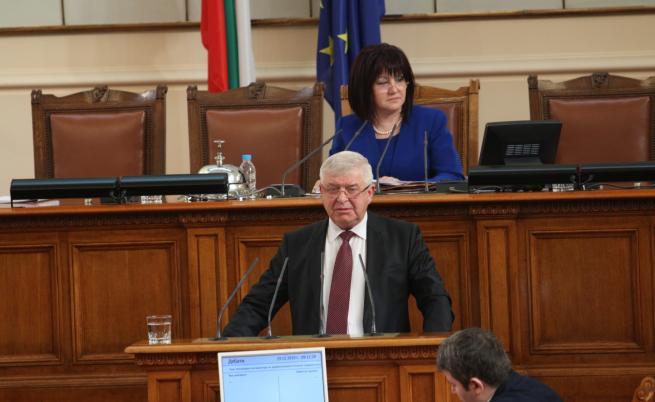 Ананиев: До 20 януари се възобновява приемът в детската болница