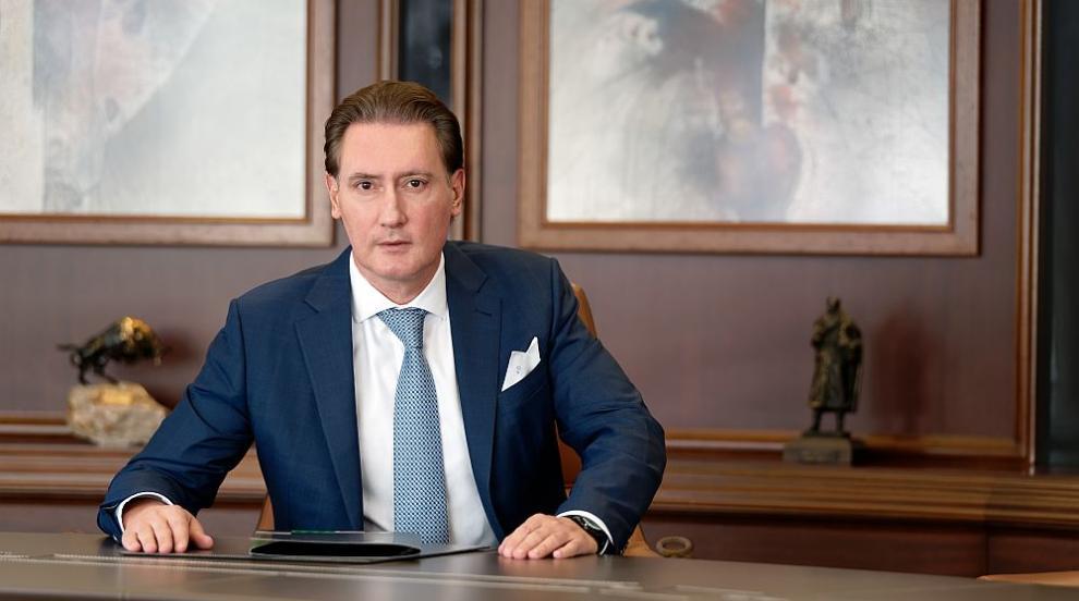 Кирил Домусчиев: Несериозно е българският парламент...