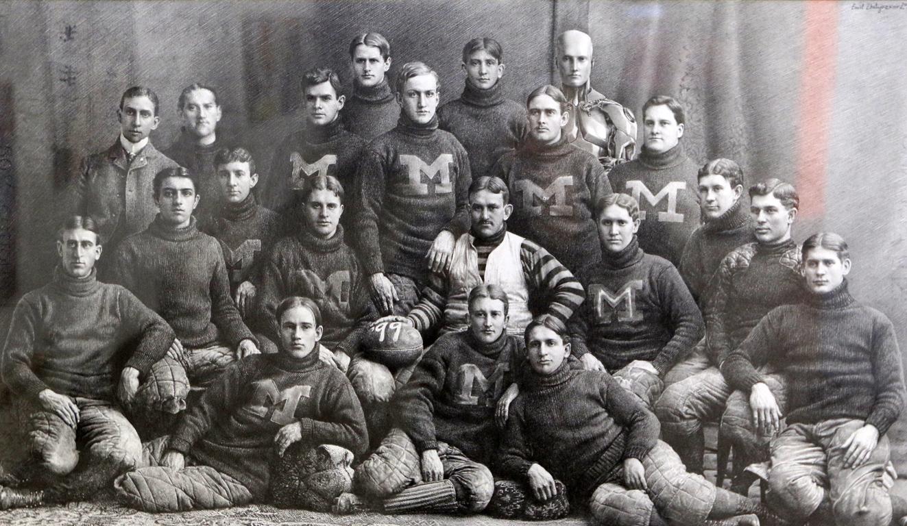 <p>Емил Желязков, Michigan Wolverines Football Team</p>