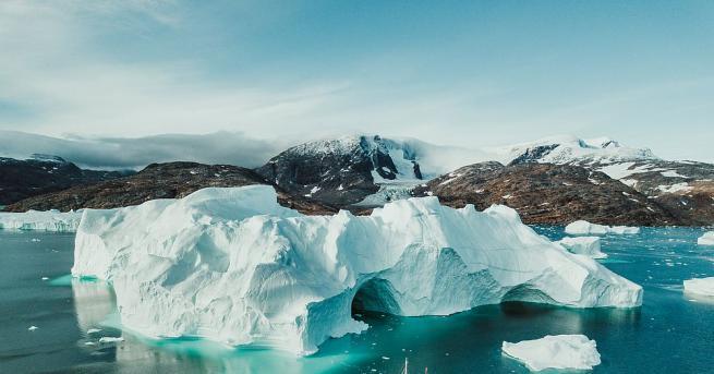 Невероятни съкровища дремят под ледовете на Гренландия - диаманти, злато