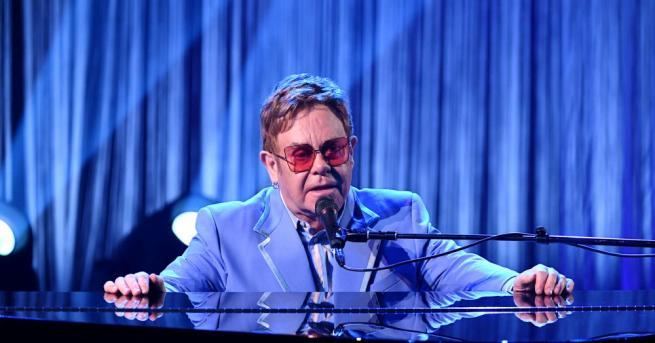 """Британският певец и композитор Елтън Джон, барабанистът на """"Куийн"""" Роджър"""