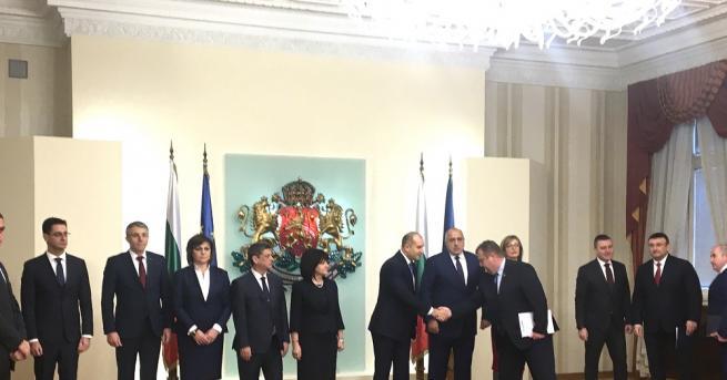 Започна Консултативния съвет по национална сигурност при президента Румен Радев,