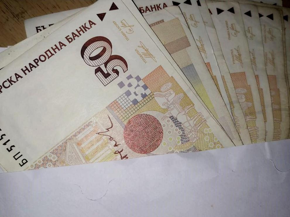 Евростат: Най-ниската минимална заплата в ЕС е в България ...
