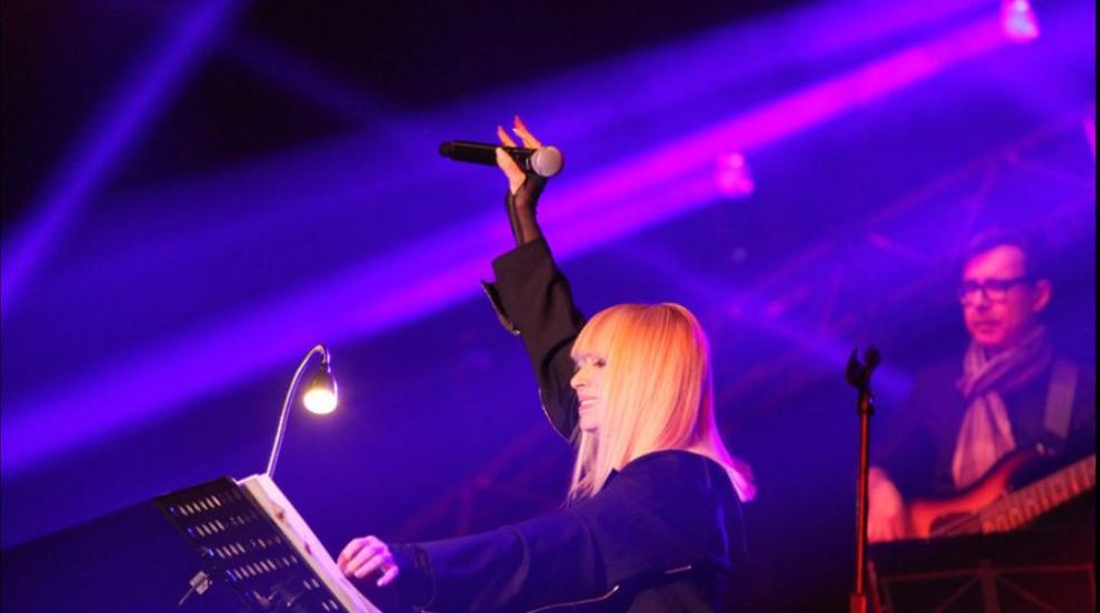 Лили Иванова отлага цялото си турне за 2021 г.