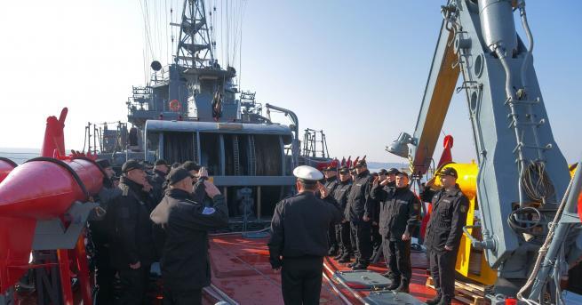 """Базовият миночистач """"Прибой"""" от състава на Флотилия бойни и спомагателни"""