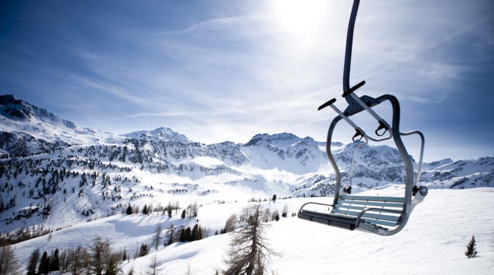 Дърво падна върху лифт в Австрия (СНИМКА)