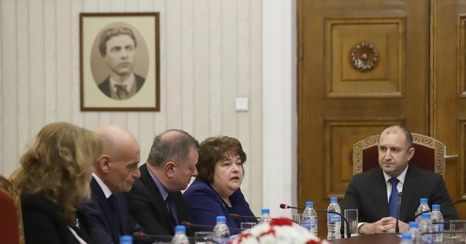 Държавният глава Румен Радев заяви в началото на срещата си