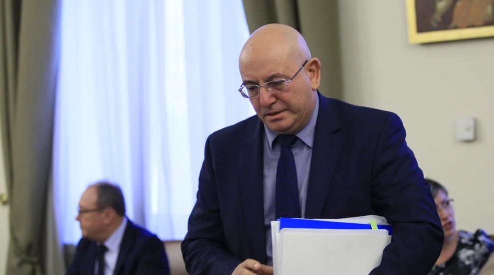 Емил Димитров: В МОСВ аз имам правото да уволнявам, а...