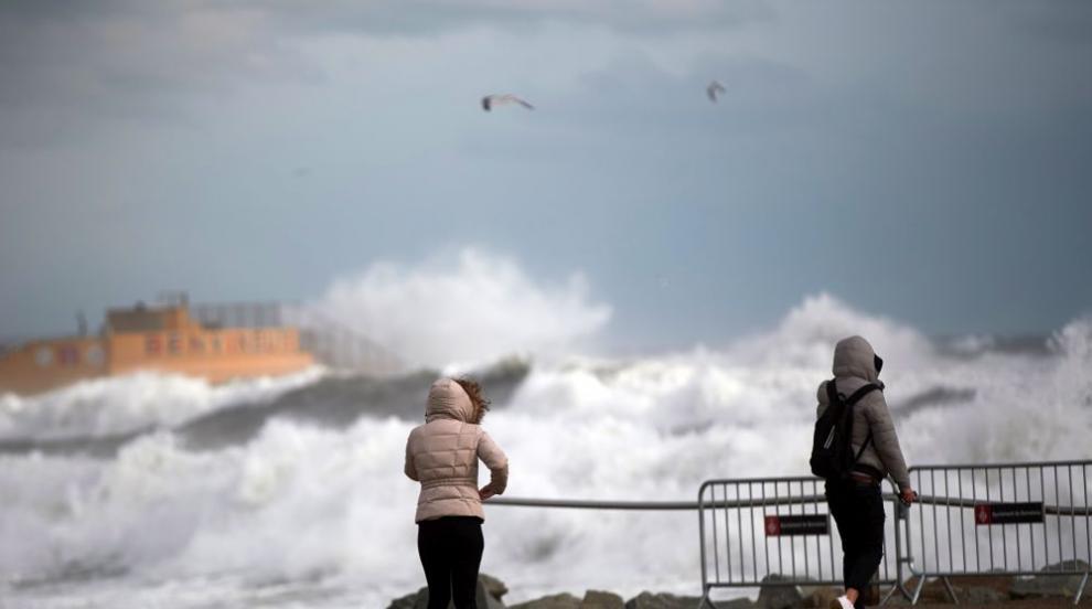 Лошото време в Испания взе жертви (СНИМКИ)
