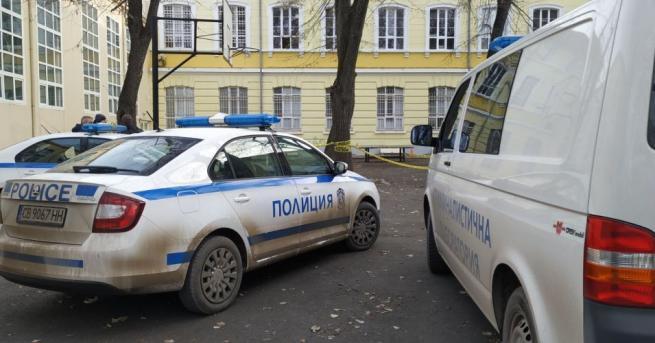 15-годишен ученик почина, след като падна от прозорец на третия