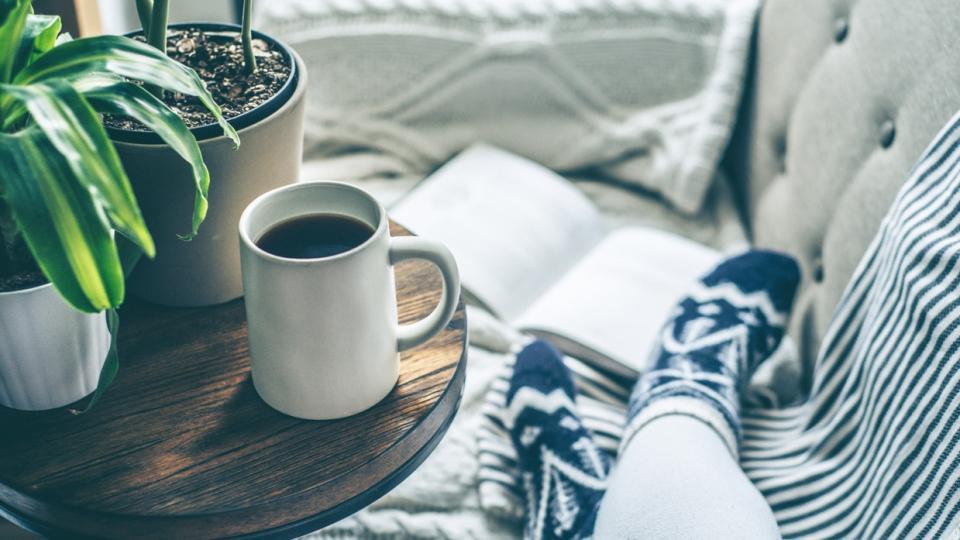 кафе дом уют сутрин спокойствие цветя