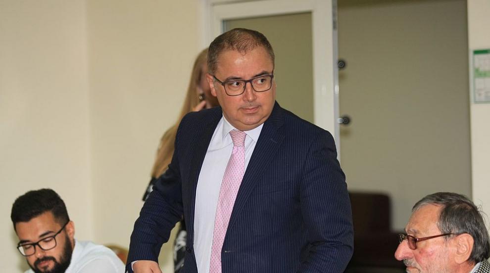 """Управляващият """"Застрахователен надзор"""" в КФН е подал оставка"""