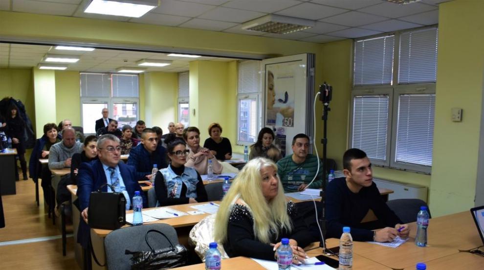 ОИЦ-Габрово проведе срещи за дигитализация на бизнеса (СНИМКИ)