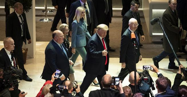 Президентът Доналд Тръмп обяви, че САЩ са задействали план, който