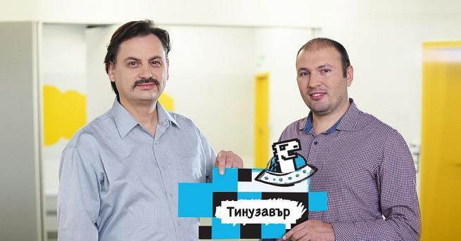 Те са Невен Боянов и Ивайло Николов. Невен е предприемач,