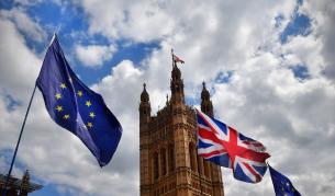 Европейската комисия подписа споразумението за Брекзит
