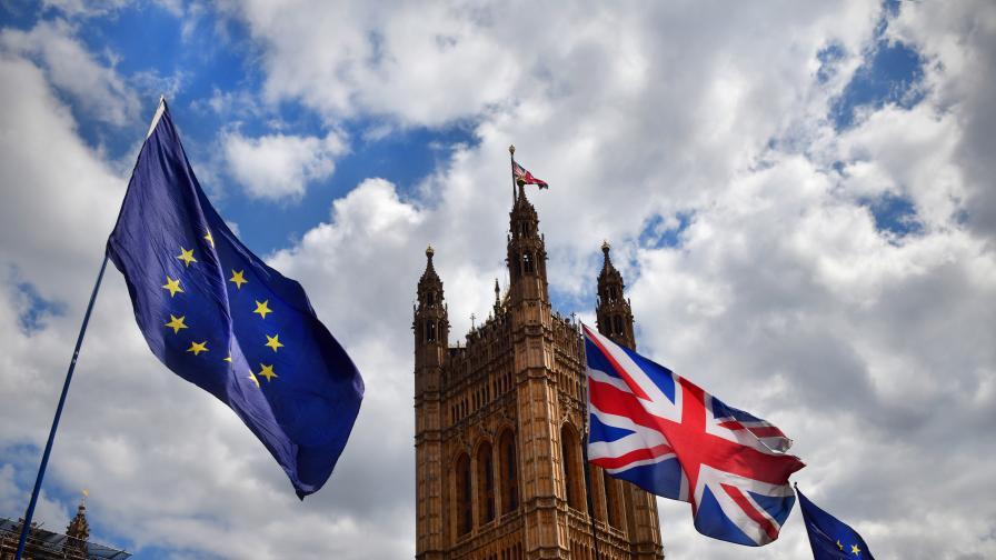 Джонсън: Ще процъфтим при Брекзит без споразумение