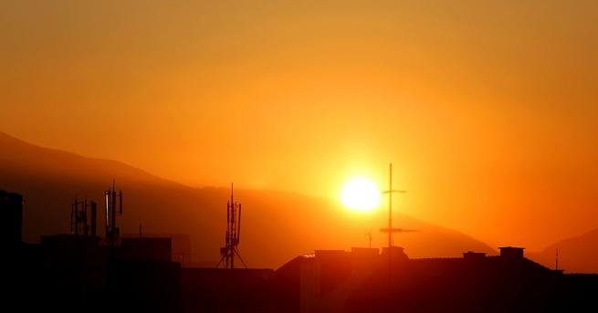 Днес ще бъде предимно слънчево. От запад ще се появи