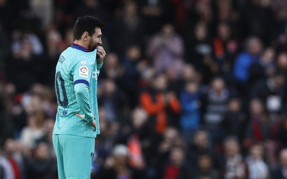 Отборът на Веленсия се наложи с2:0 над Барселонав двубой от