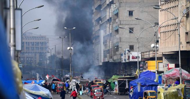 Трима демонстранти бяха убити в Ирак днес при сблъсъци със
