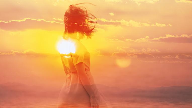 жена луна слънце ин и ян