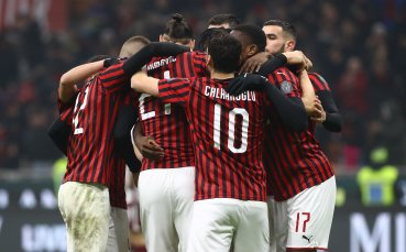Милан е на полуфинал за Купата след триумф над Торино в чест на Коби
