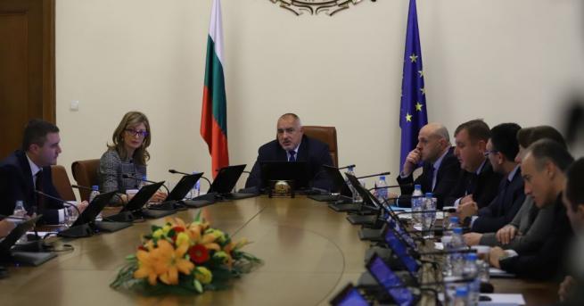 Правителството прие решение за прекратяване на функциите на Светослав Глосов