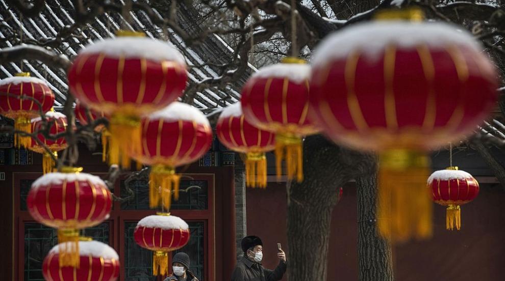 Китаец заплаши да се запали заради забрана да...