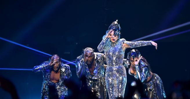 Лейди Гага издаде издаде нов албум -