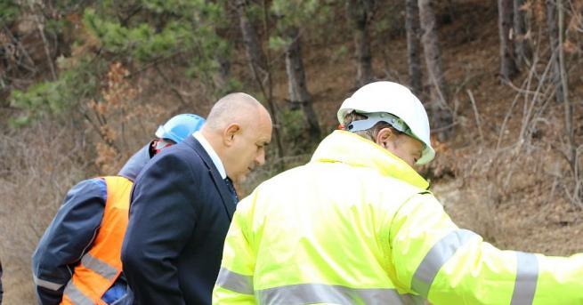 След онлайн заседанието на Министерския съвет премиерът Бойко Борисов потегли