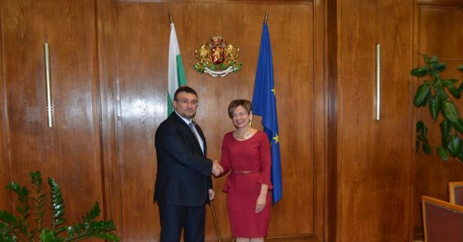 Министърът на вътрешните работи проведе среща с новоназначения посланик на