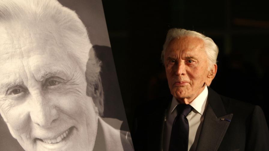 На 103-годишна възраст почина легендата на Холивуд Кърк Дъглас