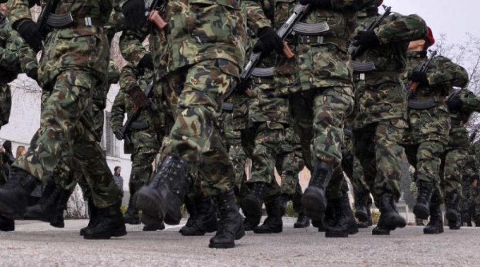 300 военни и 50 от състава за спецоперации са в готовност да отидат на...