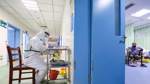 Едни от първите пациенти в Китай не могат да се изчистят от коронавируса
