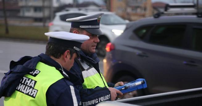 Дрога и водачи, употребили наркотични вещества установиха служители на полицейските