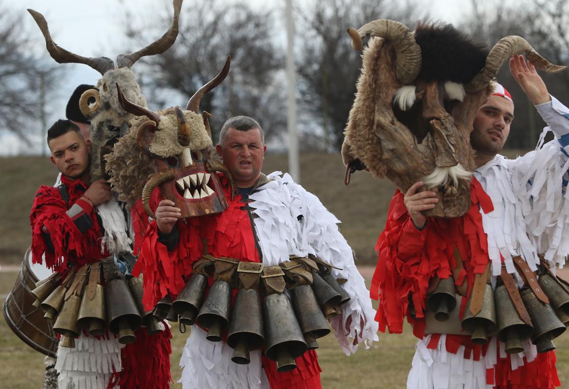 <p>IV-ти Национален фестивал на маскарадните игри &bdquo;На гости у Шопско&ldquo;</p>