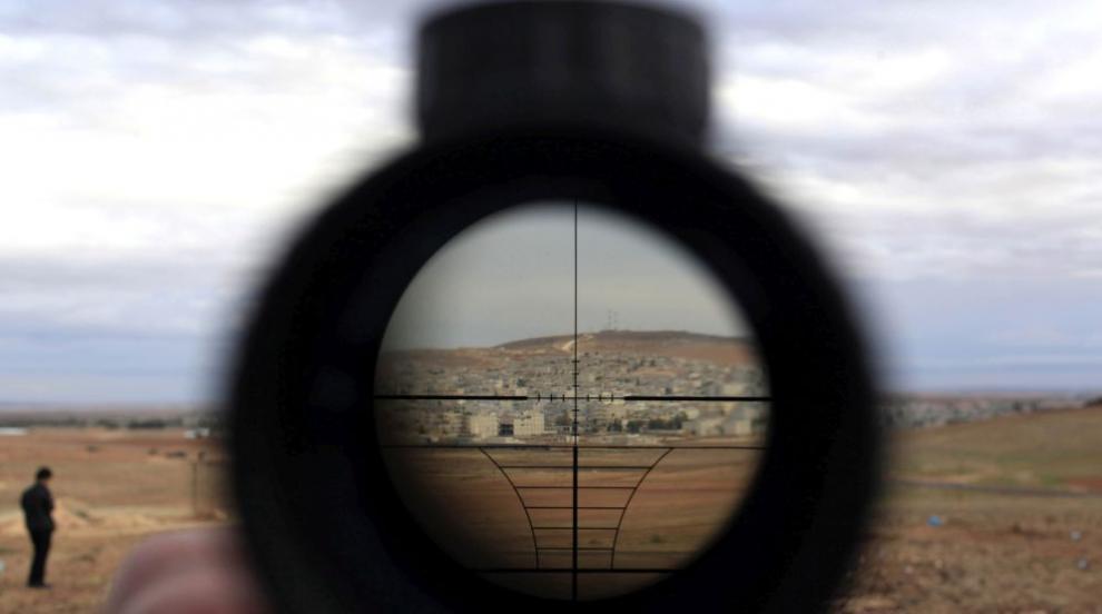Снайперист №1 на България улучва капачка от 50 метра на 7 години (ВИДЕО)