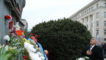 Борисов отдаде почит на Апостола на свободата (СНИМКИ/ВИДЕО)