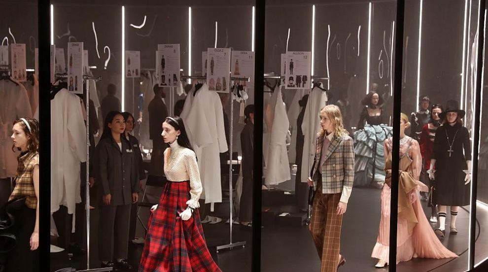 Колекцията на Gucci взриви с провокация Седмицата на...