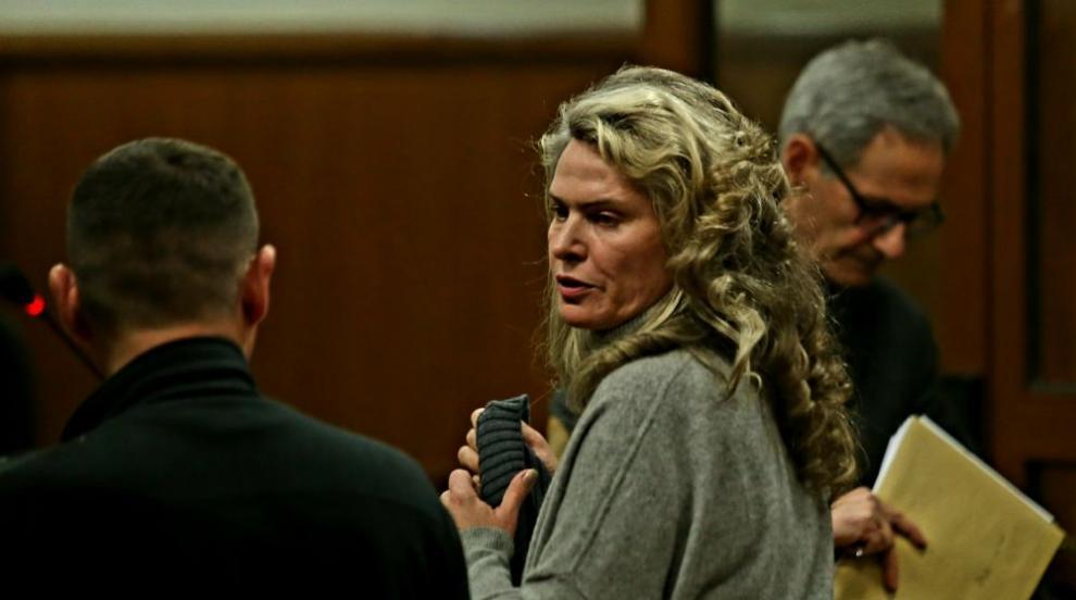 Съдът пусна жената на Божков срещу 1,5 млн. лева гаранция