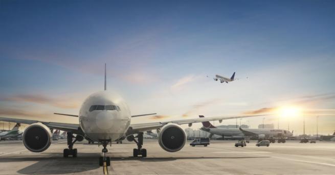 Летището в Страсбург е било евакуирано след сигнал за бомба.