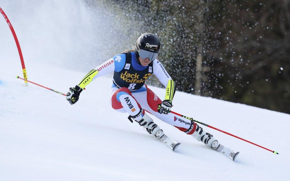 Лара Гут-Бехрами спечели спускането във Вал ди Фаса