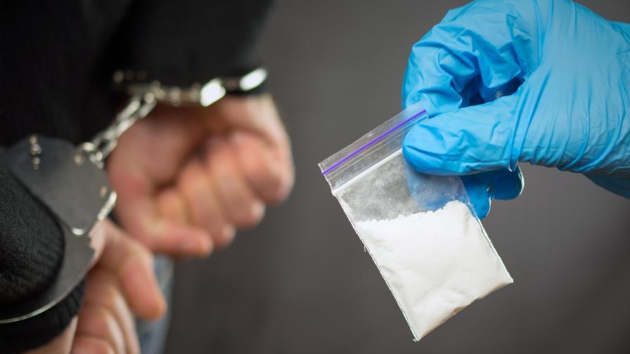 Арестуваха българка, ръководила мащабна наркобанда в Испания