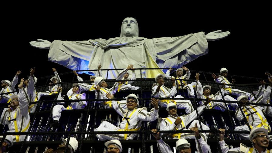 Още от карнавала в Рио де Жанейро