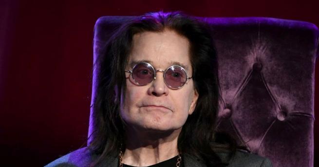 71-годишният певецОзи Озбърн бе диагностициран с болестта на Паркинсон през