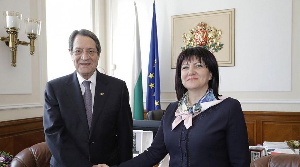 Караянчева: Отношенията с Кипър са солидна основа за задълбочаване на...