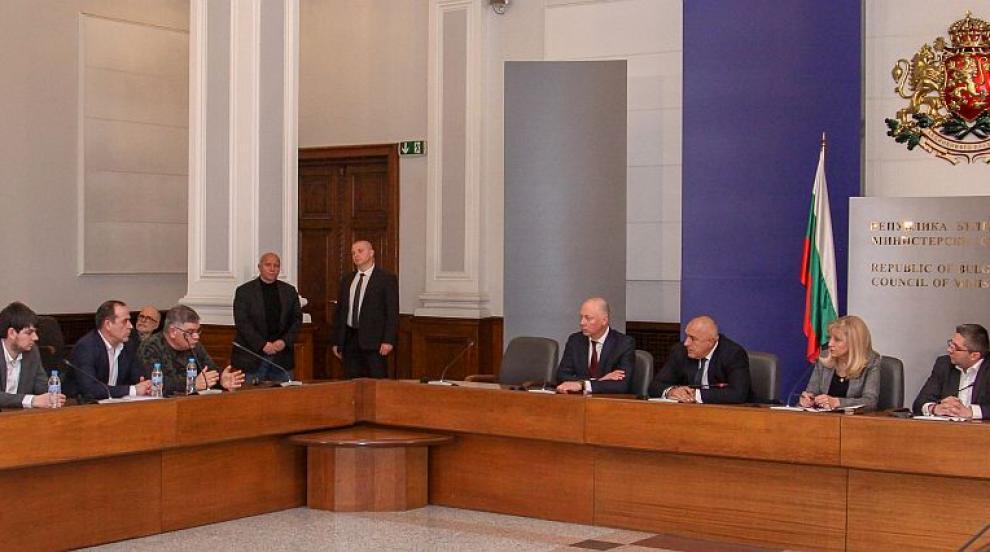 Превозвачите се споразумяха за отлагане на тол системата (ВИДЕО)