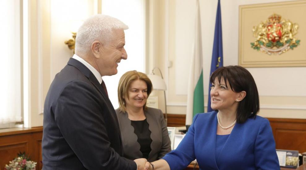 Караянчева и Маркович обсъдиха европейската перспектива на Черна гора