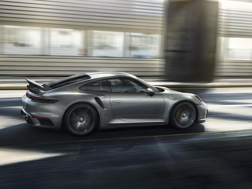 <p>Porsche 911 Turbo S</p>